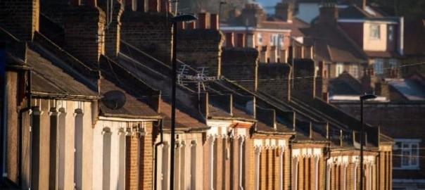 105423099_file_photo_dated_19-1-2016_of_terraced_residential_houses_in_south_east_london_less_than_2-large_trans_nvbqzqnjv4bqvngzdhlvbadwtlqzwqh5-vx4bj