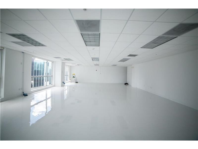 Commercial Office, for Sale in United States, Florida, Miami