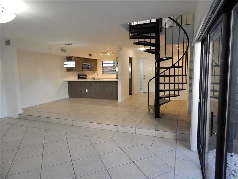 Residential Houses/Villa, for Rent in United States, Florida, Miami