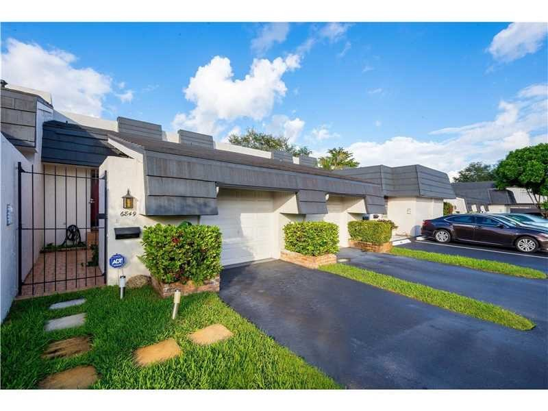 Residential Houses/Villa, for Sale in United States, Florida, Plantation