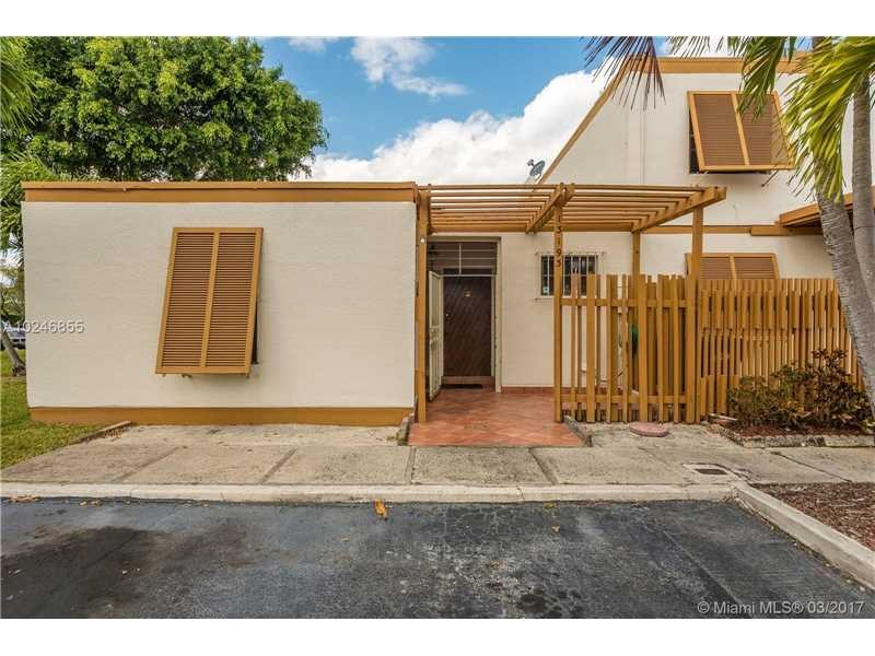 Residential Houses/Villa, for Sale in United States, Florida, Miami
